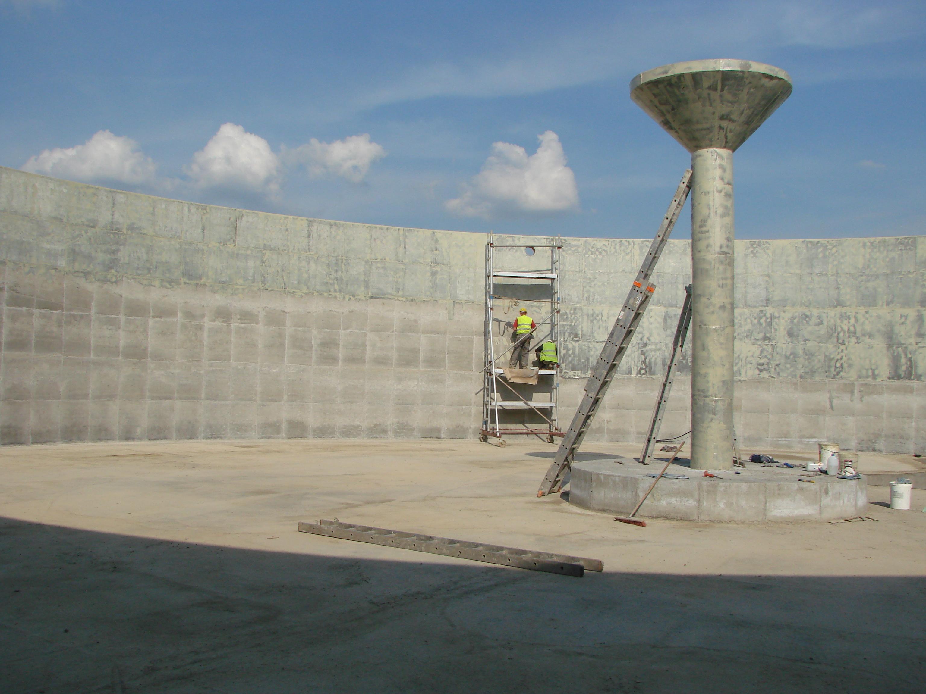 Szpachlowanie żywiczne zbiornika biogazowni